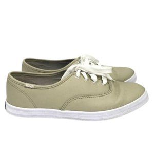 Ked's Champion Oxford leather Sneaker size 6.5